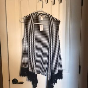 Black and white striped vest w/lace bottom.